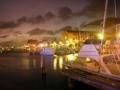 Aruba Hafen bei Nacht