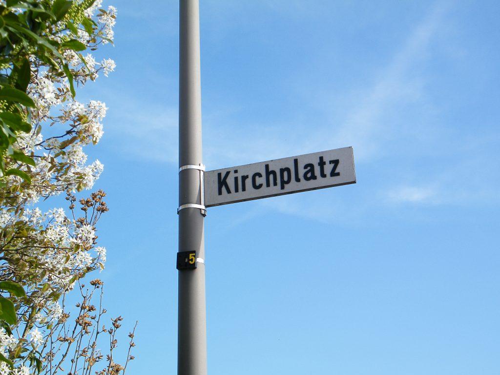 Köln Weiß Kirchplatz