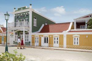 Aruba Typische Kolonial-Fassade in Oranjestad